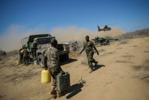 AMISOM_forces_in_Saa'moja_outside_Kismayo_21_(8049902138)